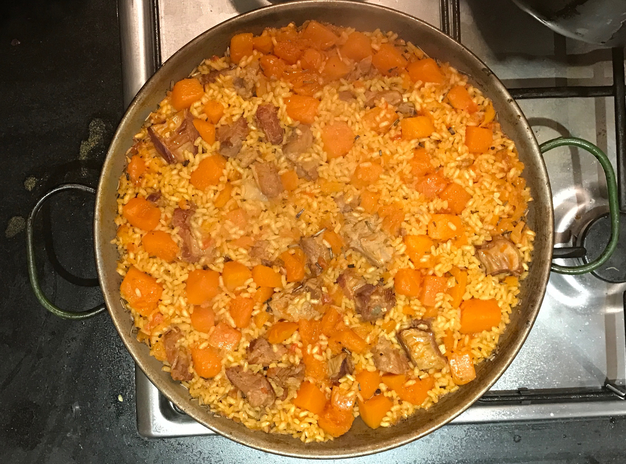 Pork ribs and butternut paella